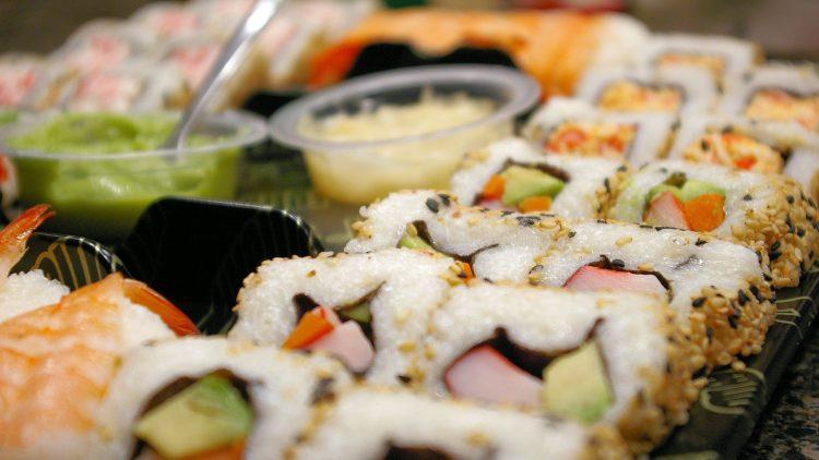 ¿Cómo hacer sushi? – Preparación final.