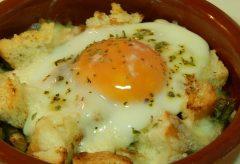 Cómo hacer unos huevos Napoleón, receta fácil