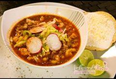 Pozole rojo de puerco estilo Potosí – Receta clásica fácil