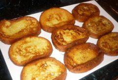 Cómo preparar las auténticas torrijas de Semana Santa