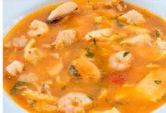 Preparación de una sopa de pescado sencilla paso a paso