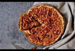 Cómo preparar una tarta de manzana en rosa por menos de 3 €