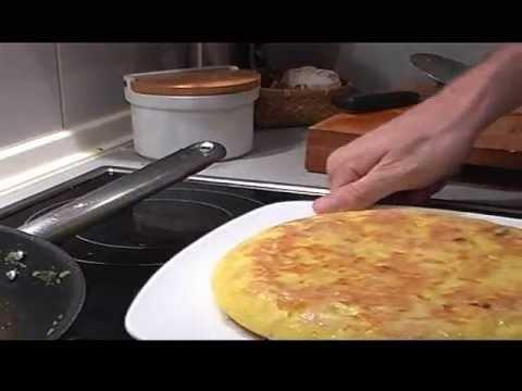 Preparando una clásica tortilla de patata, a mi manera