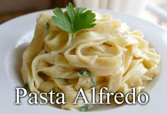 Preparar un rico plato de pasta Alfredo