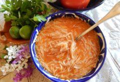 Preparar una rica Sopa de fideos
