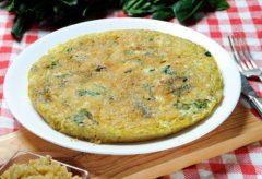 Receta de tortilla de huevo de espinacas con quinoa