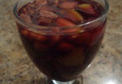 Receta para preparar un riquísimo Ponche en vino tinto y frutas