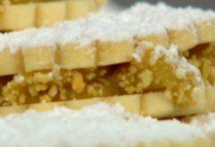 Vídeo-receta de cómo preparar Alfajores rellenos de manajar blanco de papa amarilla