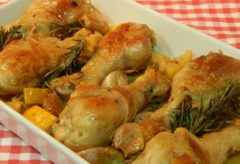 Vídeo-receta de cómo preparar Pollo al limón y romero